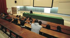 pharmacien médicaments étudiants santé publique prescriptions hospitalières